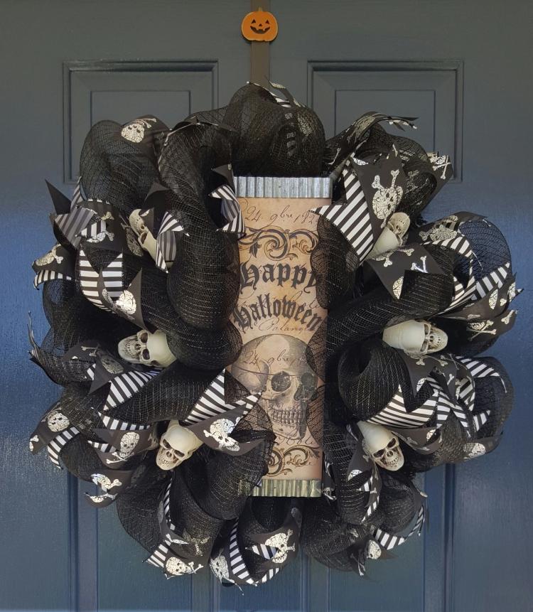skull-wreath